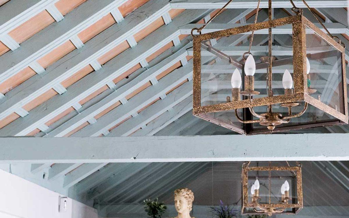 Estudio de arquitectura, construcción e interiorismo Auna Sevilla. Mobiliario y decoración. Proyecto María Barroso.